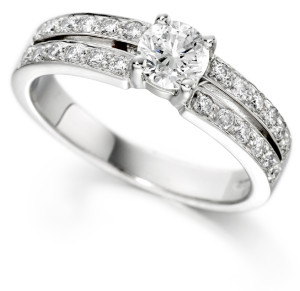 Charles Green diamond and white gold engagement ring